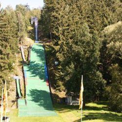 aktuelles-skispringen-01